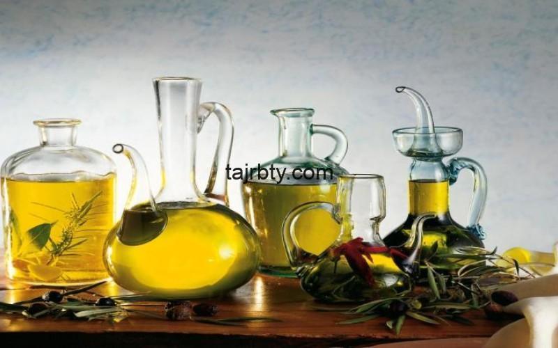 Photo of زبدة الشيا وزيت الزيتون للتشققات ووصفة زيت الزيتون والليمون للتشققات